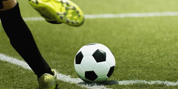บทลงโทษสำหรับ Ibrahimovic และ AC Milan สำหรับการมีส่วนร่วมคาสิโนออนไลน์